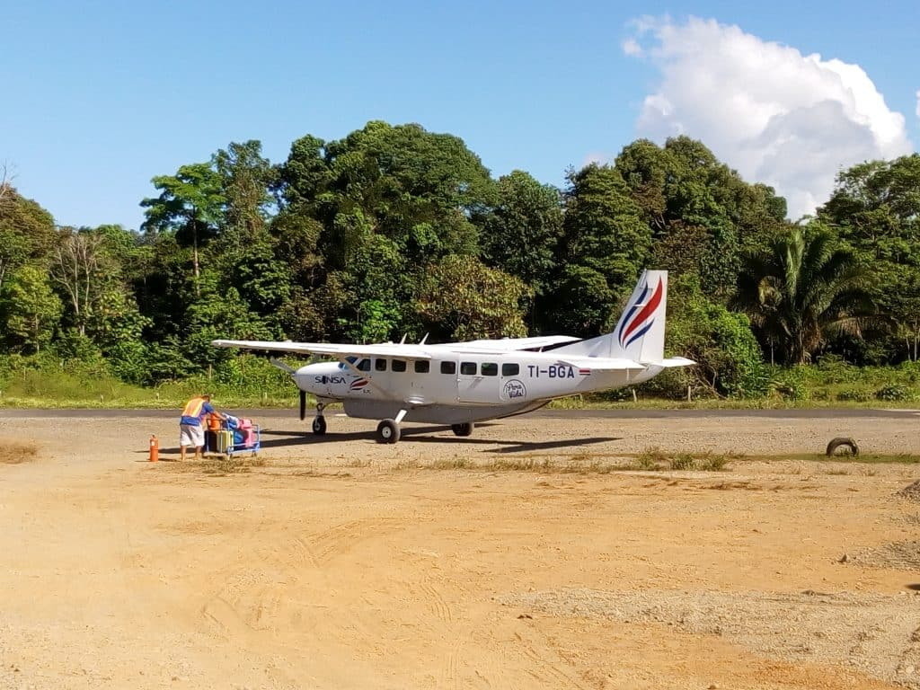 aeropuerto de drake bay