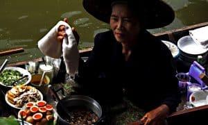 Descubre comidas más extrañas en todo el planeta