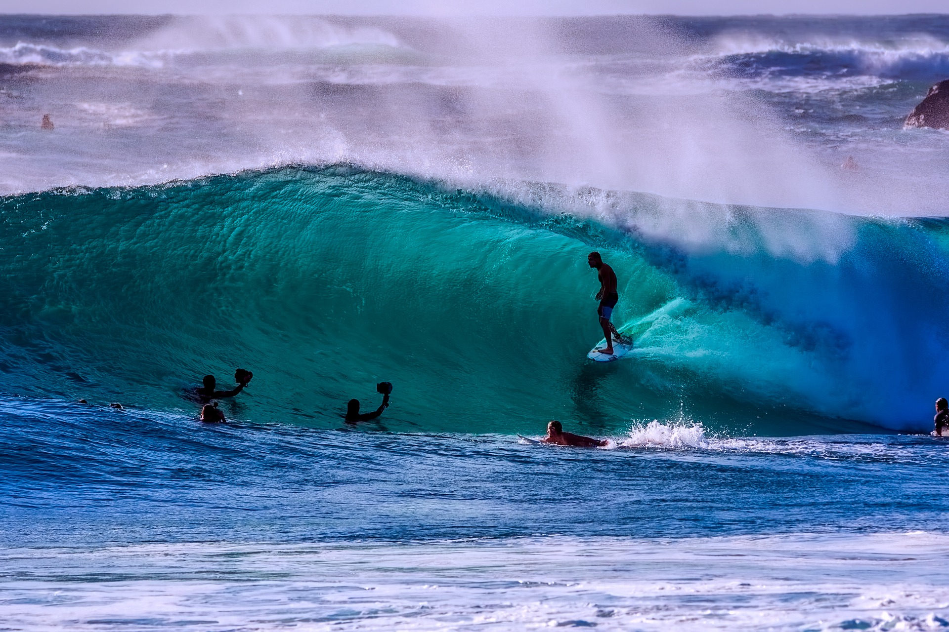 Los mejores paises del mundo para hacer Surf y disfrutar sus olas