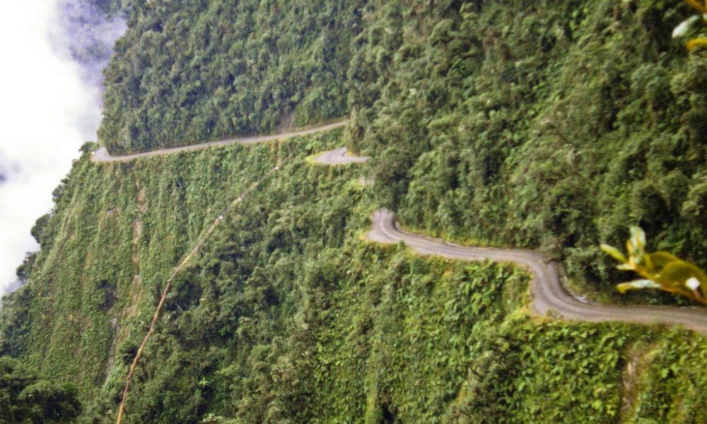América del sur y su camino de la muerte boliviano