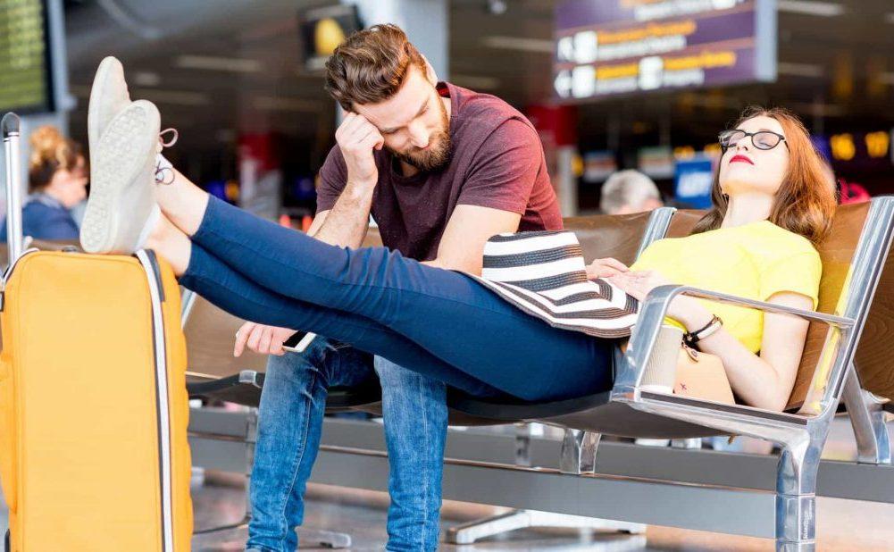 Atrévete a dormir y esperar en el aeropuerto