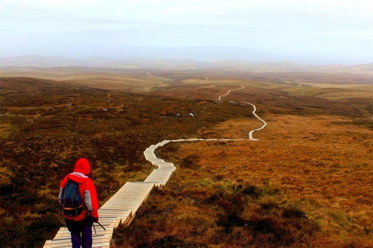 senderismo por Cuilcagh Legnabrocky Trail