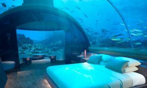 Descubre la primera villa submarina del mundo que estará en las Maldivas