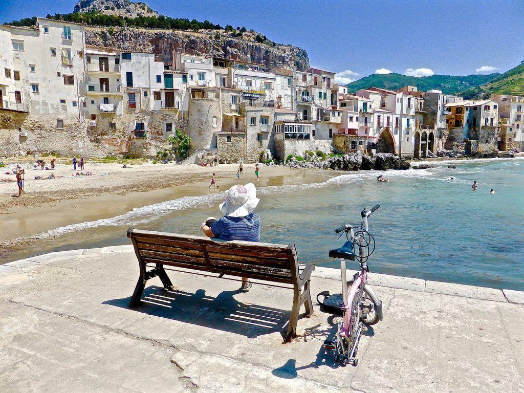 Cefalú playa de Sicilia