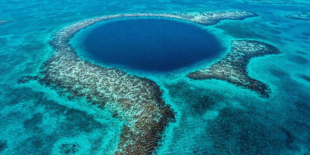 Blue holes en Belice
