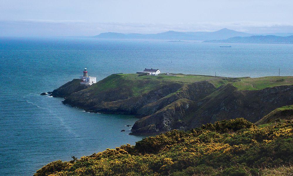Acantilados costeros de Europa (Howth, Dublin)