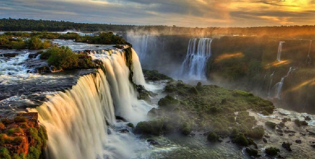 la asombrosa cascada de argentina