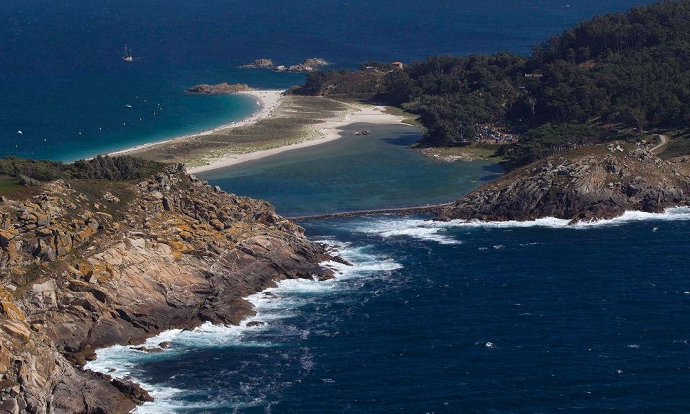 vista aérea de las islas Cíes