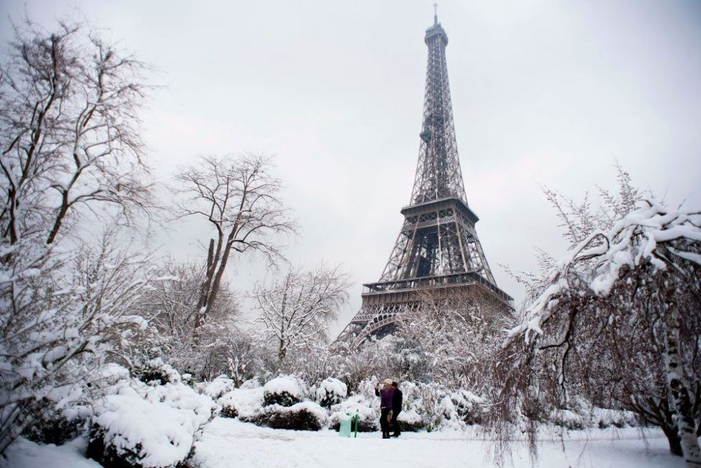 monumentos de francia con nieve
