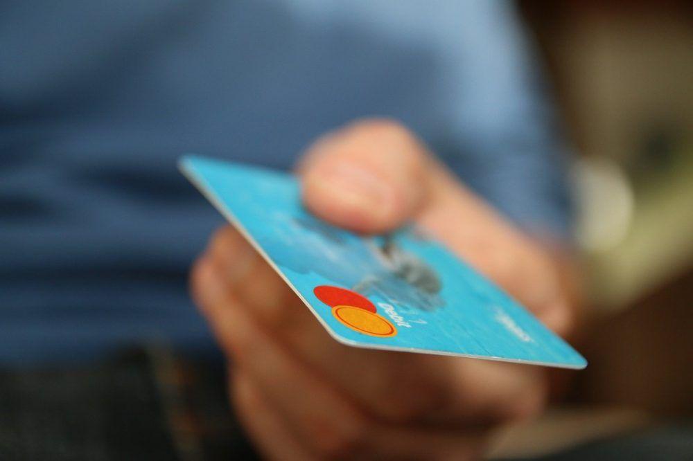 robar tarjeta de crédito al viajar
