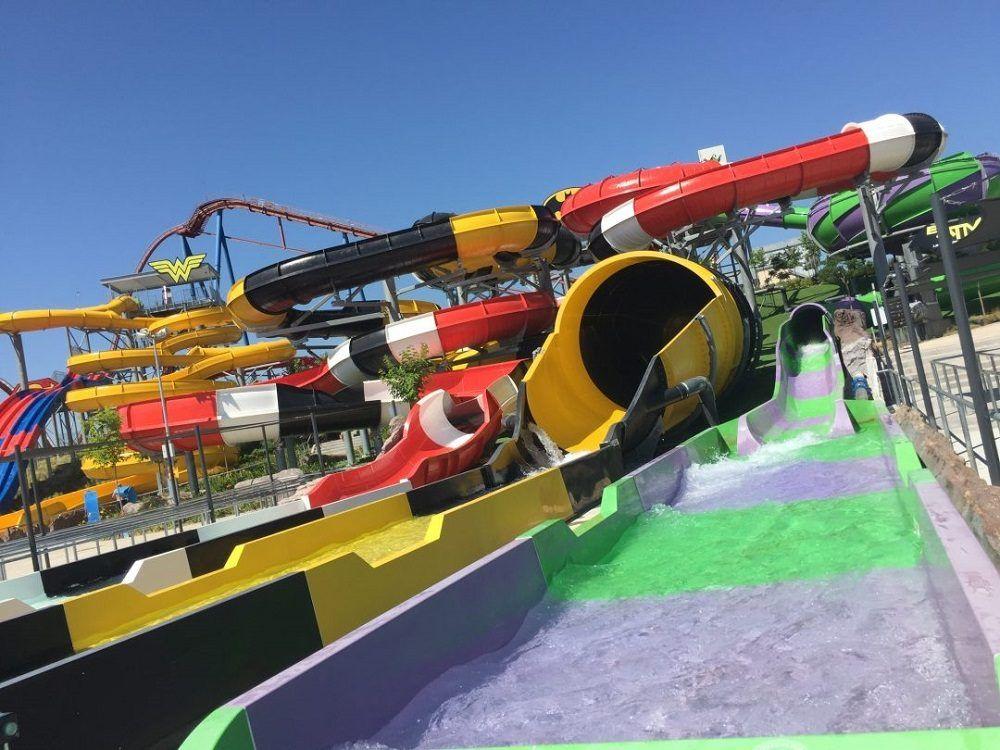 Atracciones del Parque Warner Beach