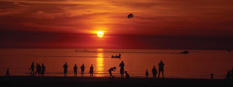 Atardecer en Playa Mindil