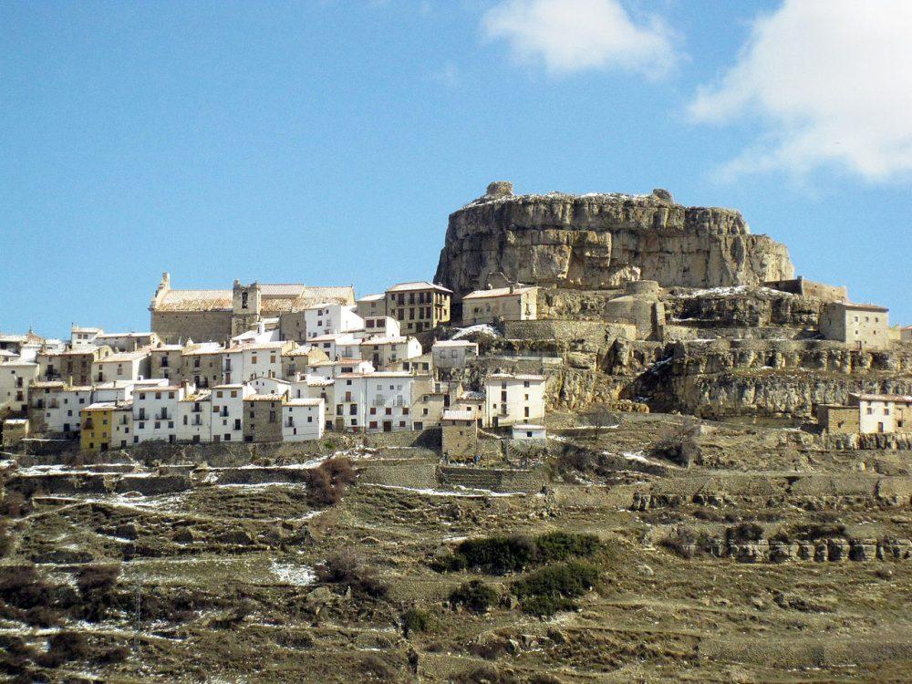 Casas escalonadas en Ares del Maestrat o l Maestrazgo
