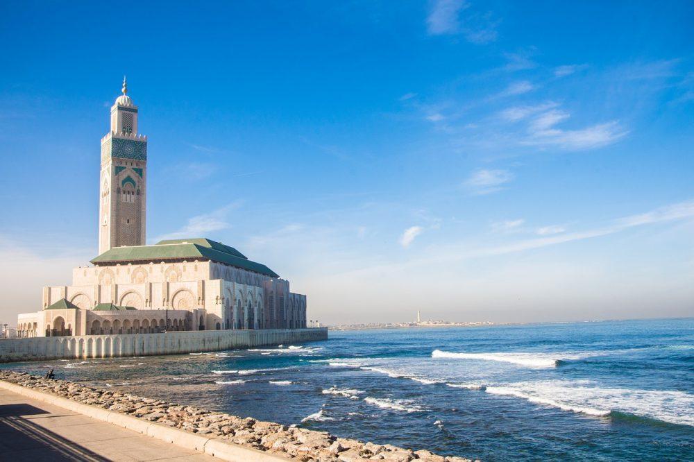 La Gran Mezquita de Hassan II mira al Atlántico