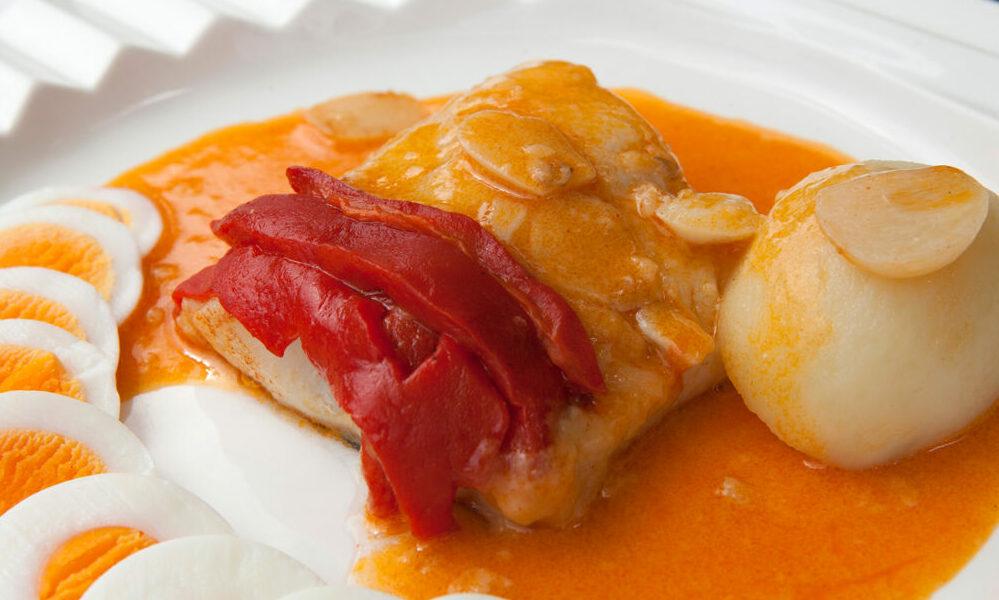 Bacalao ajoarriero, típico de la gastronomía de Navarra