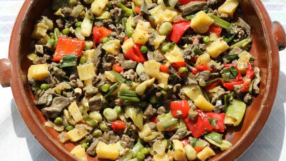 Frit mallorquín, uno de los platos tipicos de la gastronomía balear