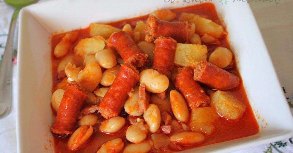 Pochas con chistorra, típicas de la gastronomía de Navarra