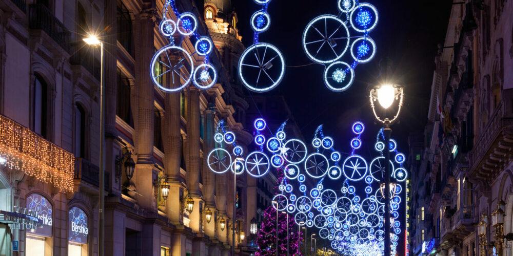 Las luces de Navidad son un atractivo en Barcelona