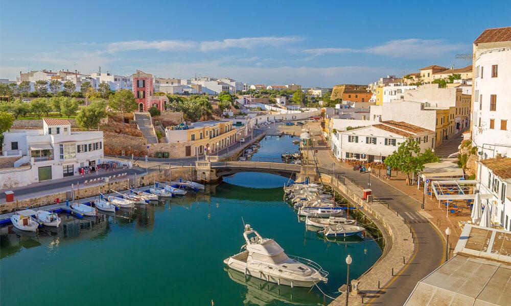 Los 13 pueblos costeros más bonitos de España que deberías visitar